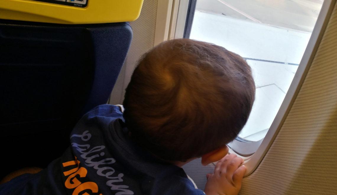 Consigli utili per volare con un bambino