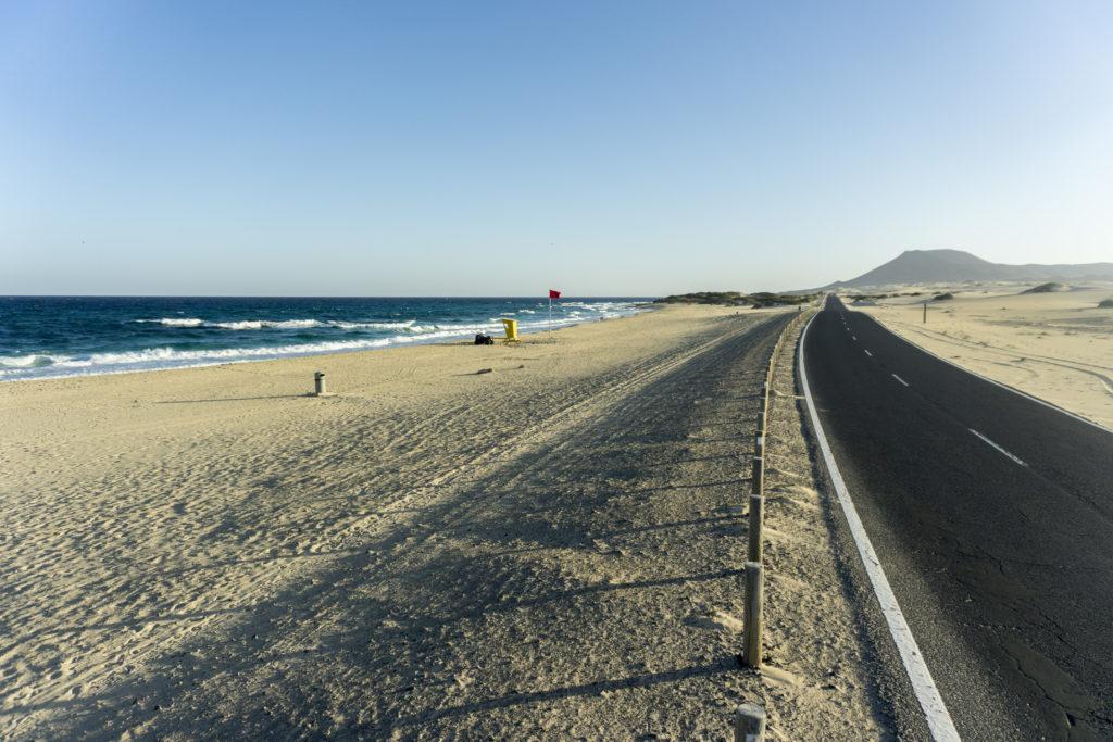Strada che porta al Parque Natural de Corralejo