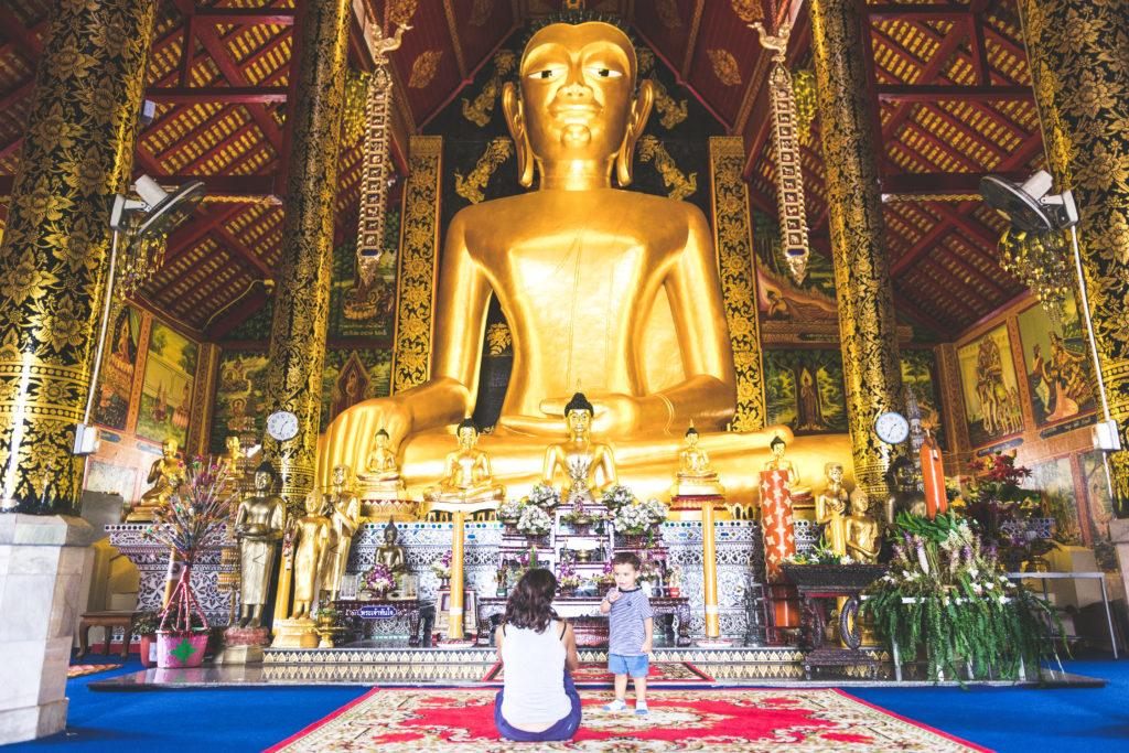 Tempio a Chiang Rai, Thailandia - Mamma ho preso l'aereo