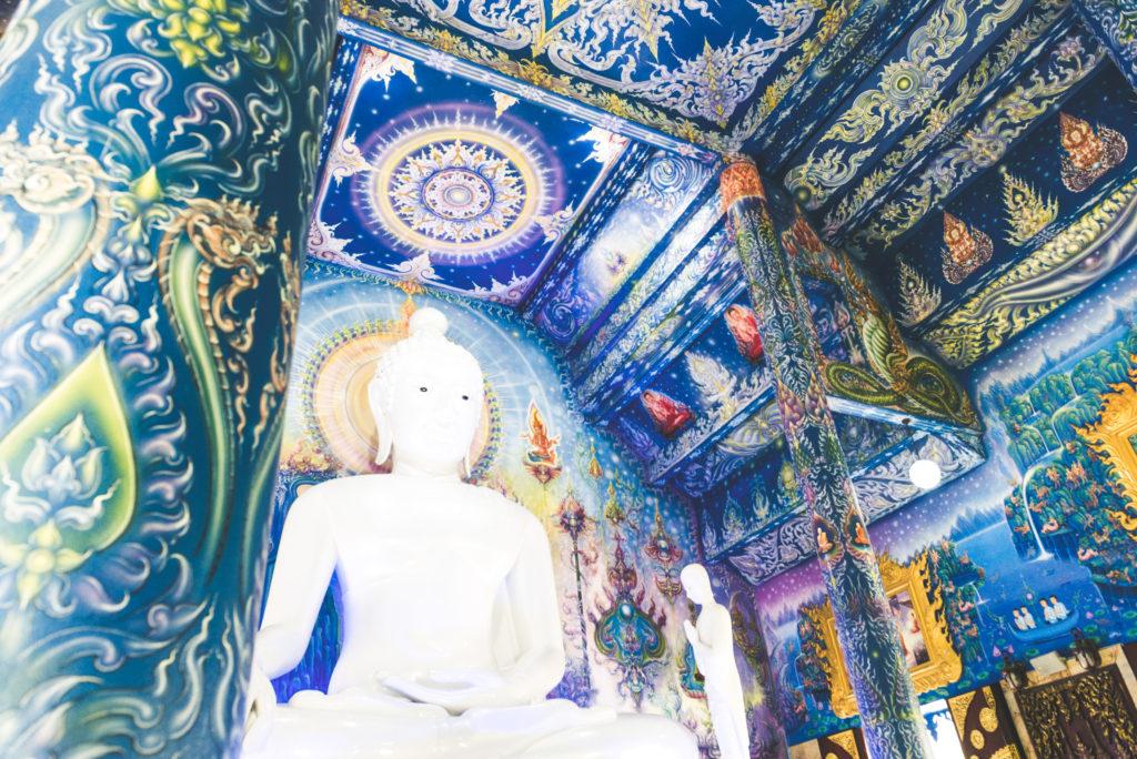 Wat Rong Suea Ten (Blue Temple), Chiang Rai, Thailandia | Mamma ho preso l'aereo